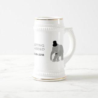 Caneca De Cerveja Noivo bonito do elefante do vintage com cilindro