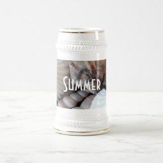 Caneca De Cerveja O mar tropical exótico do verão descasca a