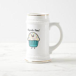 Caneca De Cerveja O tempo do cupcake com polvilha o fundente doce da