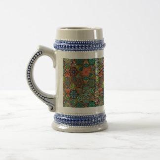 Caneca De Cerveja Retalhos do vintage com elementos florais da