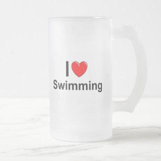 Caneca De Cerveja Vidro Jateado Eu amo a natação do coração