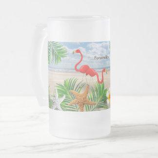 Caneca De Cerveja Vidro Jateado Pássaros tropicais do flamingo na praia