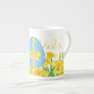 Caneca de China de osso dos Daffodils da páscoa