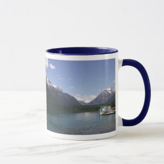 Caneca de McDonald do lago