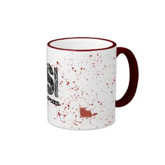 Caneca desautorizada de CSI do Spatter do sangue