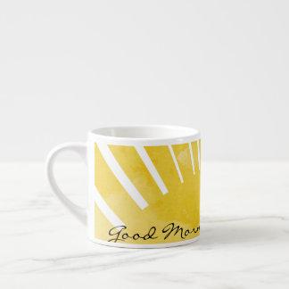 Caneca do amarelo do café do bom dia