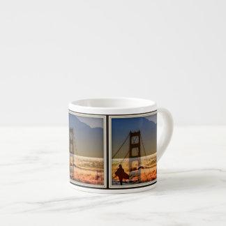 caneca do café do surfista da porta dourada de San