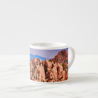 Caneca do café dos pedregulhos do lago Watson