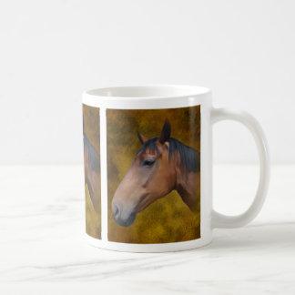Caneca do cavalo de baía de Brown
