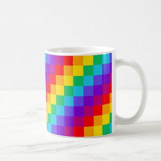 Caneca do clássico do arco-íris dos retalhos