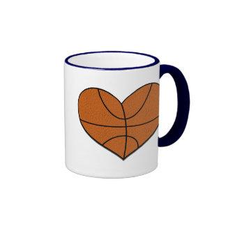 Caneca do coração do basquetebol
