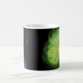 Caneca do design de espaço