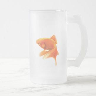 Caneca do fosco do peixe dourado