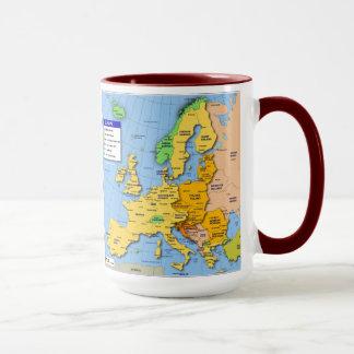 Caneca do mapa de Europa