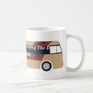 Caneca do ônibus de excursão