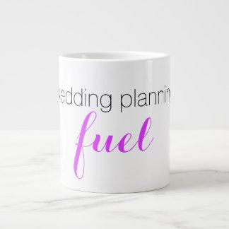 Caneca do planeamento do casamento
