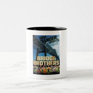 Caneca do poster dos irmãos da ponte
