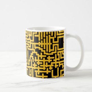 Caneca do teste padrão do labirinto de PixelMixel