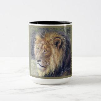 Caneca do tom do safari 2 do leão
