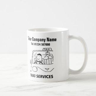 Caneca dos desenhos animados dos serviços do