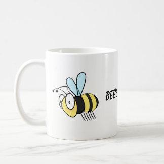 Caneca dos joelhos da abelha