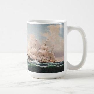 Caneca dos mares altos de navios de tosquiadeira