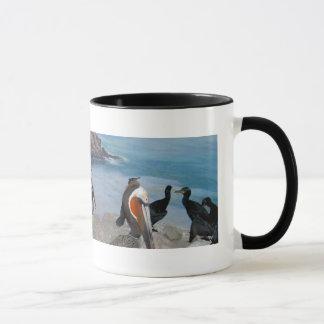 Caneca dos pelicanos e dos Cormorants