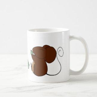 Caneca dos ratos do tempo do chá