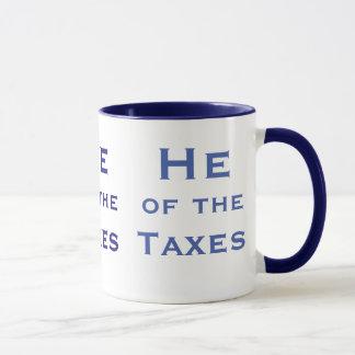 Caneca Ele do contador do imposto dos impostos ou do
