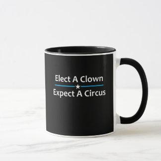 Caneca Eleja um palhaço esperam um circo
