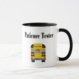 Caneca engraçada do condutor de autocarro