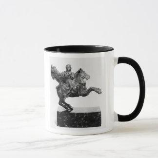 Caneca Estatueta equestre de Alexander o excelente