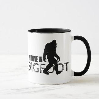 Caneca Eu acredito em Bigfoot Sasquatch engraçado