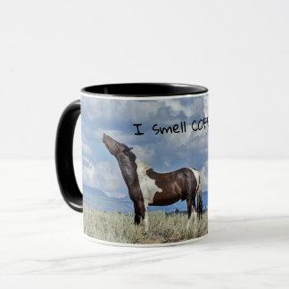 Caneca Eu cheiro o CAFÉ!!!