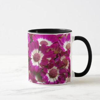 Caneca Flores roxas bonitas do Cineraria