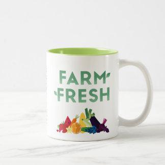 Caneca fresca da fazenda orgânica