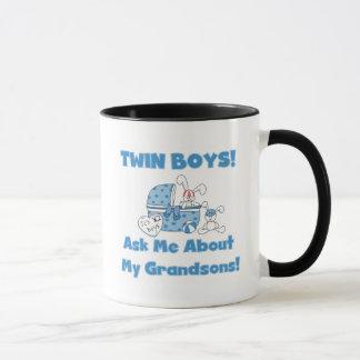 Caneca Gêmeo-Pergunte sobre meus camiseta e presentes dos