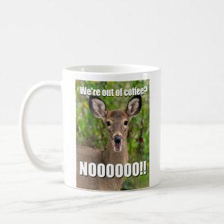 Caneca gritando do meme dos cervos