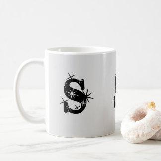 """Caneca inicial de """"S"""""""