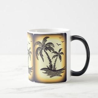 Caneca interna do branco com palmeiras