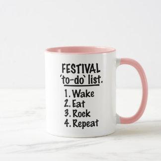 Caneca Lista do tumulto do ` do festival' (preto)