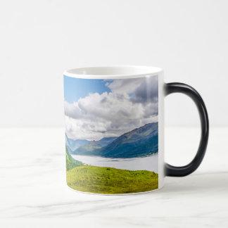 Caneca Mágica Montanhas escocesas