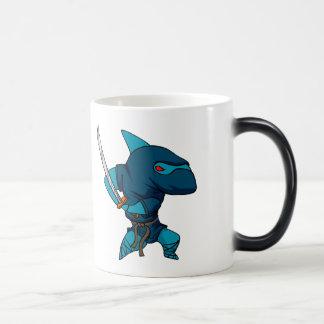 Caneca Mágica Ninja do tubarão