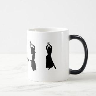 Caneca Mágica Silhuetas de dançarinos de barriga
