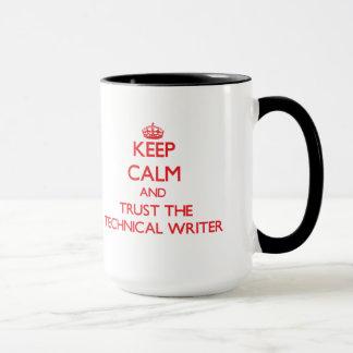 Caneca Mantenha a calma e confie o escritor técnico