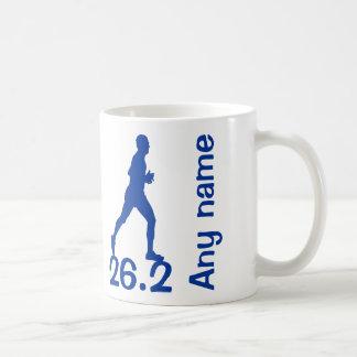 Caneca masculina azul do corredor de maratona 26,2