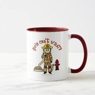 Caneca Menina loura do sapador-bombeiro