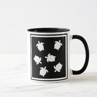 Caneca mini tartarugas preto e branco, mini blac das