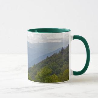 Caneca Montanhas de Smokey