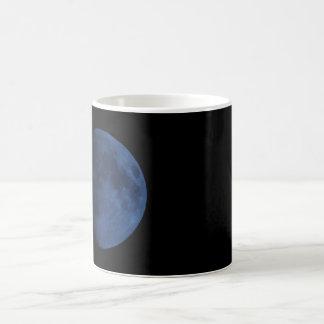 Caneca Morphing da lua azul